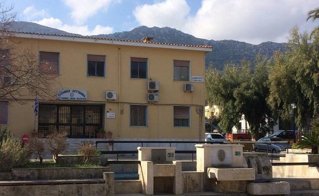 <p>ΑΡ. ΠΡΩΤ.:37 Άγιος Νικόλαος, 27 Ιουλίου 202 Αξιότιμε Αρχηγέ,  Ενημερωθήκαμε ότι επίκειται η έναρξη του Αστυνομικού Τμήματος Νεάπολης την 29/07/2021, με οκτώ αστυνομικούς εκ των οποίων οι επτά θα πάρουν φύλλο πορείας από το Αστυνομικό Τμήμα Αγίου Νικολάου που μέχρι σήμερα υπηρετούν εκεί. Αντιλαμβάνεστε ότι δεν πρόκειται ένα μικτό […]</p>